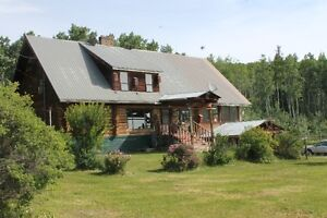 Large Log Home on 6 acres