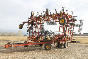 1991 BOURGAULT 546-52 Cultivator, 52'