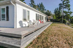 FOR RENT Beautiful Winterized Cottage on the Water In Seabright