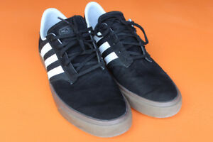 Adidas Seeley Skate Shoes in Mint Condition (Size 12)