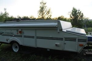 12 ft Viking Legend Hardtop Tent Trailer with side Pullout!