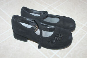 Girls dress shoes size 12