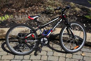 Vélo enfants Louis Garneau Atom , parfait état