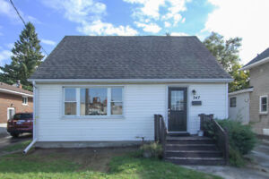 Great Property!Newly Renovated Registered 2 Unit Dwelling!