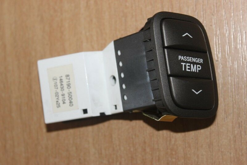 2004 LEXUS LS 430 / RHD L-SIDE INTERIOR TEMPERATURE CONTROL SWITCH 87190-50040