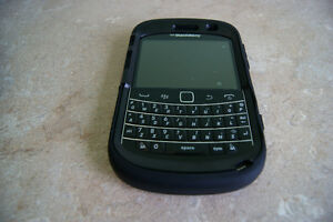 Blackberry BB bold 9900 - Telus pay and talk pay&talk