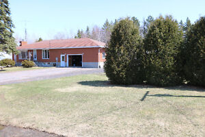 Well Maintained Home 196 St David St S Noelville ( French River)