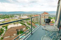 Luxury 24th floor suite for rent by owner - Sept to June