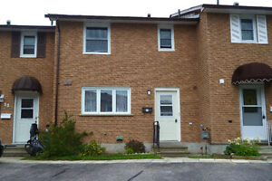 LOVELY AFFORDABLE CONDO IN ELLIOT LAKE !