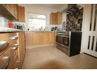 4 bedroom house in The Vale, Golders Green, NW1