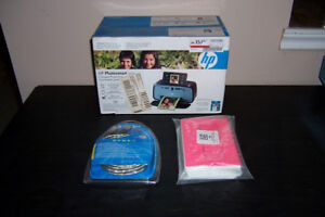 Hp Photosmart A626 Printer Plus Paper and Needed Cord
