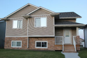 Beautiful Home for Rent in Innisfail $1150 + Utilities