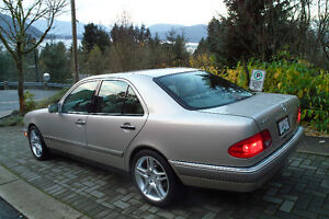 1997 Mercedes-Benz E-Class E420 Sedan North Shore Greater Vancouver Area image 2