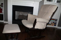 Wooden rocking chair in great condition!!