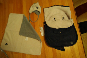 Warmest Carseat Bunting Bag  Footmuff + New Hat and blanket