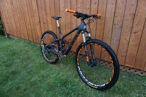 Marin Rift Zone 9 Carbon 2015 29''