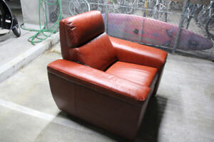 LEATHER THEATER CHAIR,  BROWN, BRAND NEW, ELECTRIC, RECLINER
