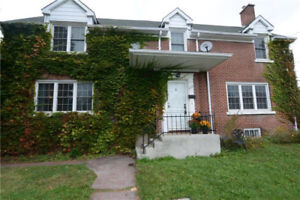 2156 SQ.FT. CLASSIC 2 STOREY HOME DOWNTOWN
