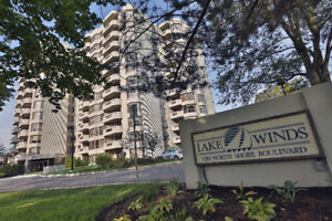 SPACIOUS CONDO DOWNTOWN BURLINGTON