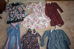 Girls size 3-4 gently used clothes