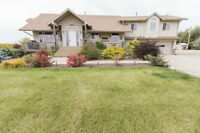 STUNNING 2.47 ACREAGE JUST MINUTES TO ST. ALBERT
