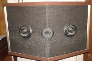 BOSE 901 Series V Direct Reflecting Speakers London Ontario image 1