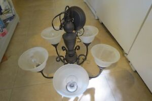 5-light chandelier ceiling light with frosted shades