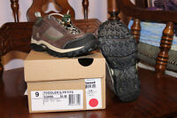 Timberland shoes - NEW in box - size 9 toddler