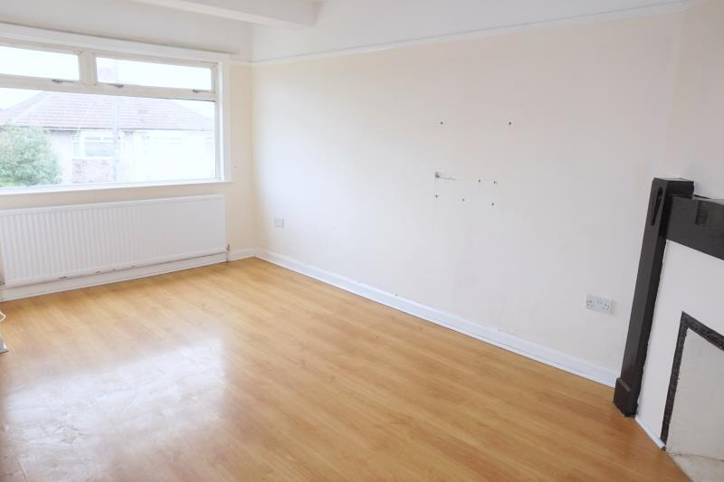 2 bedroom flat in Ridgeway Lane, Whitchurch, Bristol,