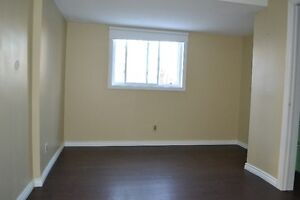 Well cared for 2 bed unit for rent in a duplex Kitchener / Waterloo Kitchener Area image 8
