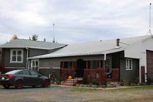 Quiet Country Living, 30 mins. from Fredericton, all inclusive .