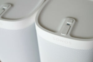 Selling Sonos Play 1 - TONE WHITE (LIGHTLY USED)