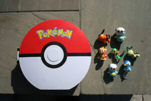 POKEMON PokeBall Carrying Case With 7 Figures