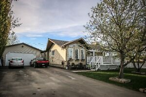Beautiful Family Home on Large dbl lot in Wembley!