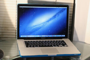 "MacBook  Pro 15"" Mid 2009 / Core 2 Duo / 120 GB SSD"