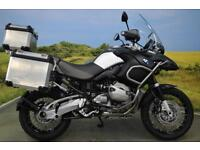 BMW R1200 GS 2011** SERVICE HISTORY, HEATED GRIPS, PANNIERS, TOP BOX **