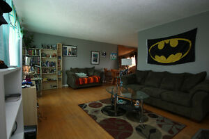 Renovated 3 Bedroom in Unbeatable Location Edmonton Edmonton Area image 4