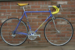 Gitane Vintage Road Racing Bicycle in Mint Condition Shimano 105