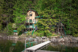 Lake Front Cabin for Sale - Shuswap