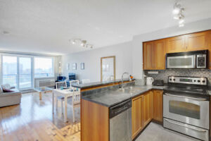 * Condo Downtown * 1 + 1 Bed - Garage inclus - Vues panoramiques