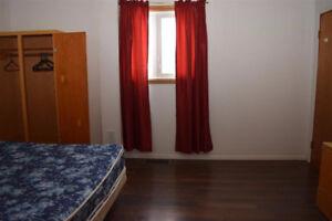 One bedroom near LRT stadium, male only