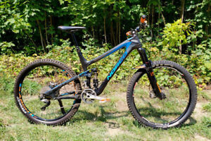 2014 Norco Sight Carbon 27.5 mountain bike - custom build - LG
