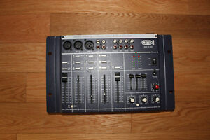 Mixer Console 4 Channel Mixer with Digital Echo & Tone Control