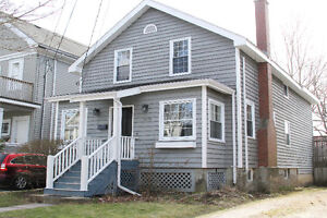 **RENOVATED SOUTH END HALIFAX HOME-CLOSE TO DAL!!**