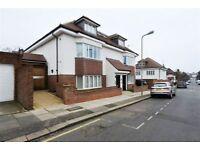 2 bedroom flat in 4 Graham Road, Hendon, NW4