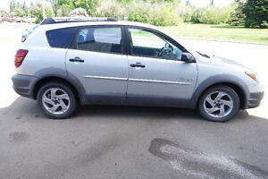 2003 Pontiac Vibe SUV, Crossover