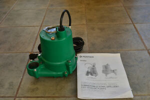 New 1-1/2 inch Myers Submersible Effluent / Sewage Pump Prince George British Columbia image 1