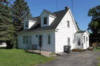 Great value in the Heart of Hampton on huge lot.