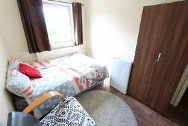**DOUBLE AND SINGLE ROOMS @MILE END/CUBITT TOWN
