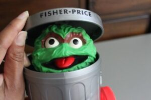 Vintage Sesame Street Fisher Price Oscar the Grouch Toy - I Ship